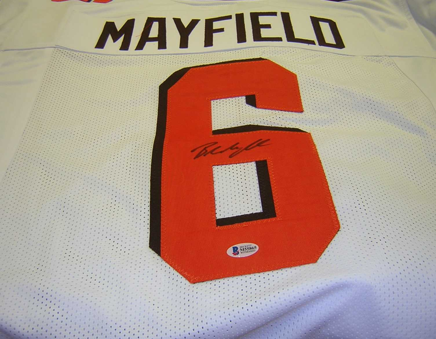check out b2745 d1dff Baker Mayfield Signed White Jersey Beckett